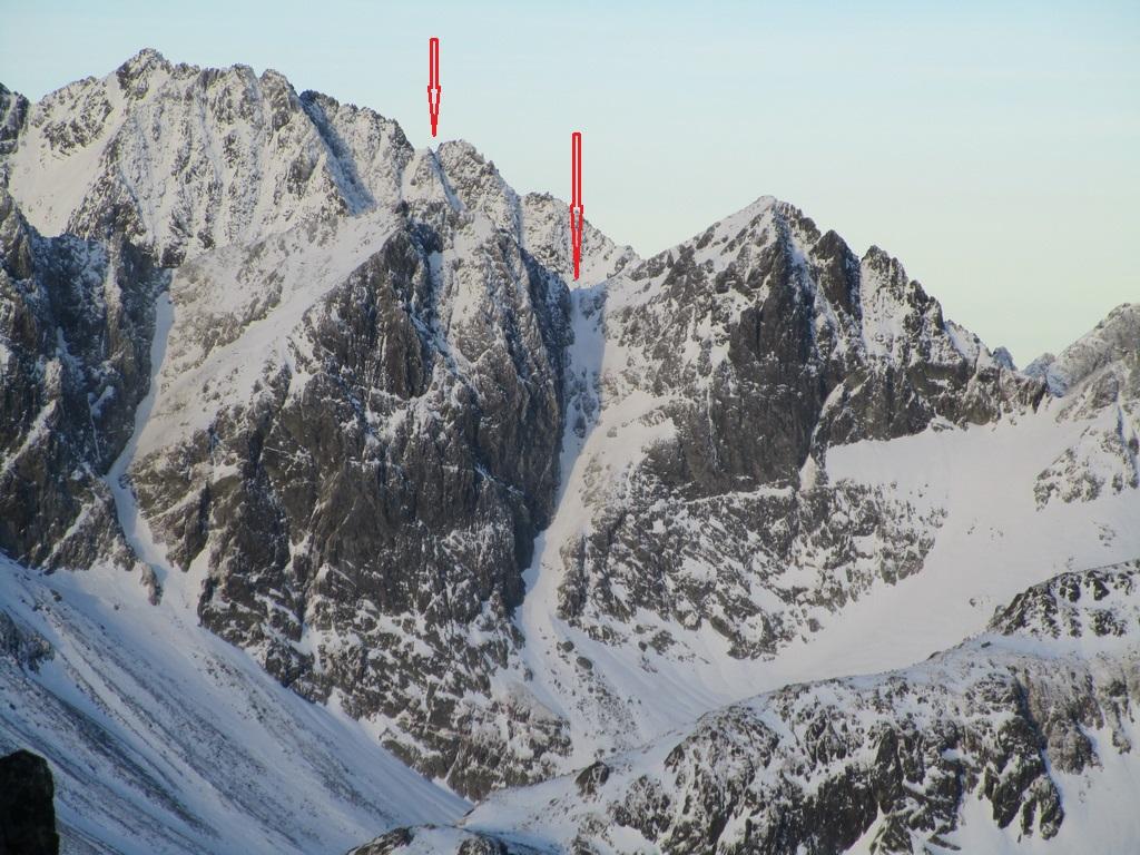 Zadná_Gerlachovská_lávka_(vľavo)_a_Studené_sedlo_(vpravo)
